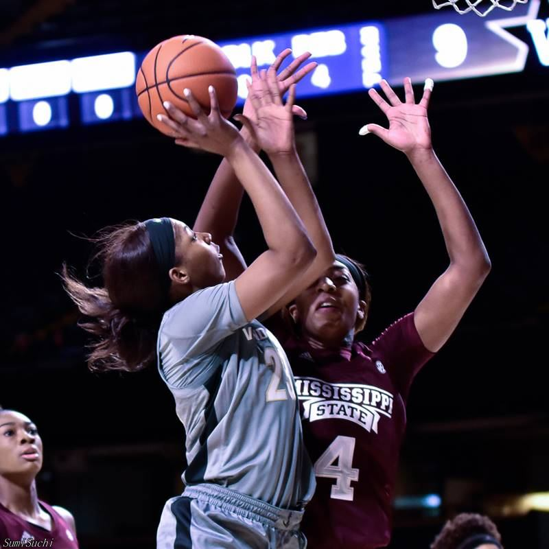 Vanderbilt and Mississippi State women's basketball players