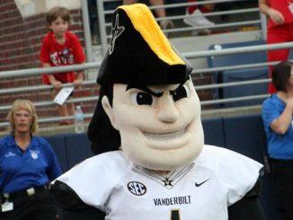 Vanderbilt Commodore mascot