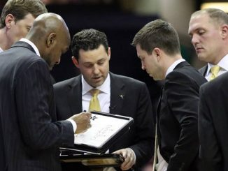 Bryce Drew and assistants