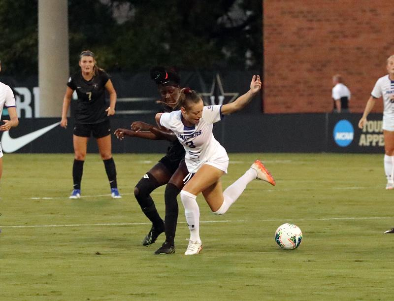 Paola Ellis (11) and Brooke Shank (3) of Georgia State.